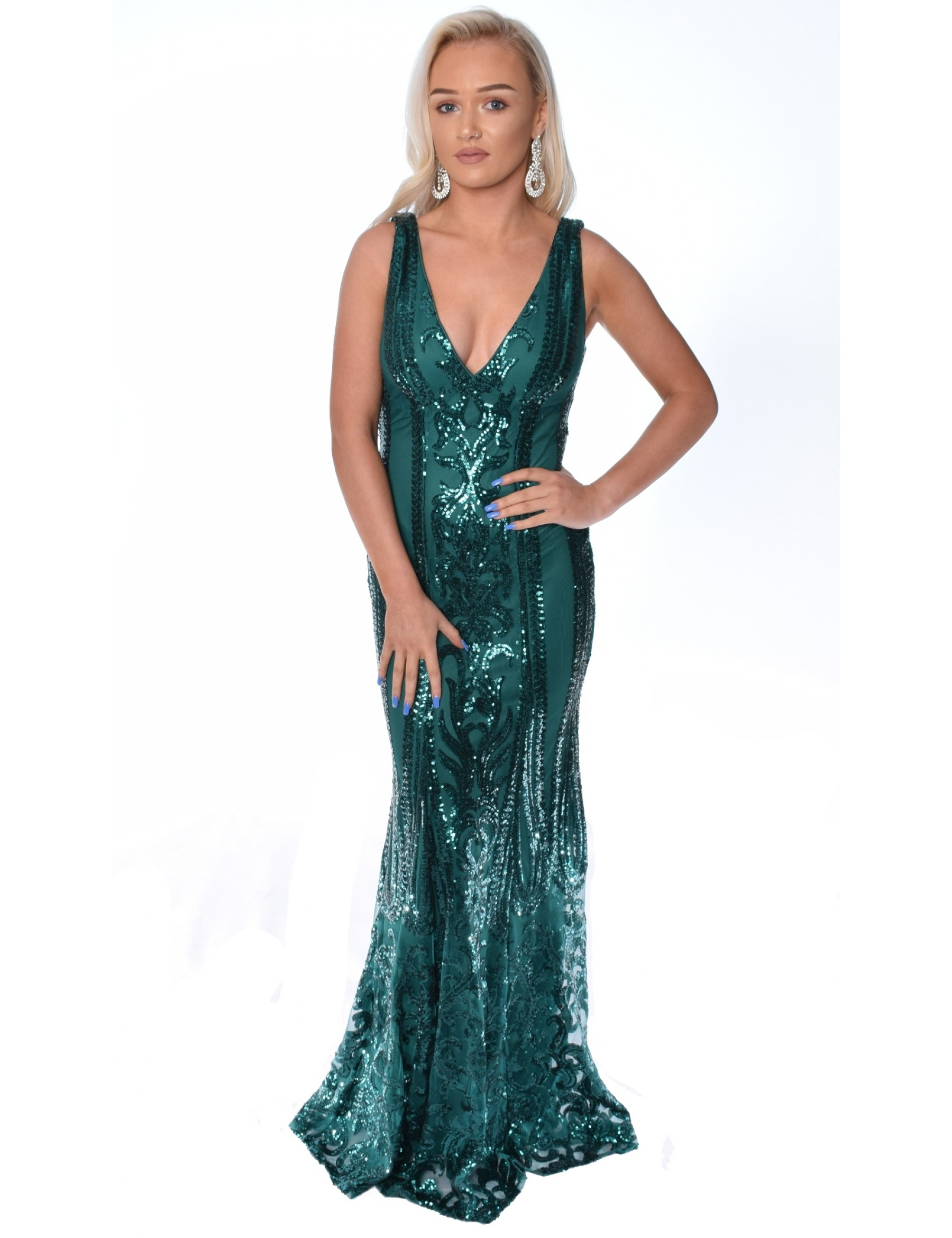 Fitted sequin evening gown